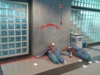 SanMamesAurrera-ren ekintza indar polizialen aurka